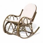 Кресло-качалка с подушкой